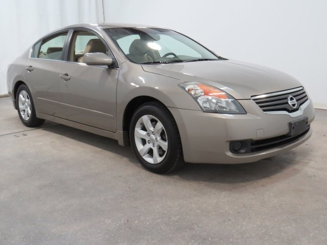 Used Nissan Altima 2.5